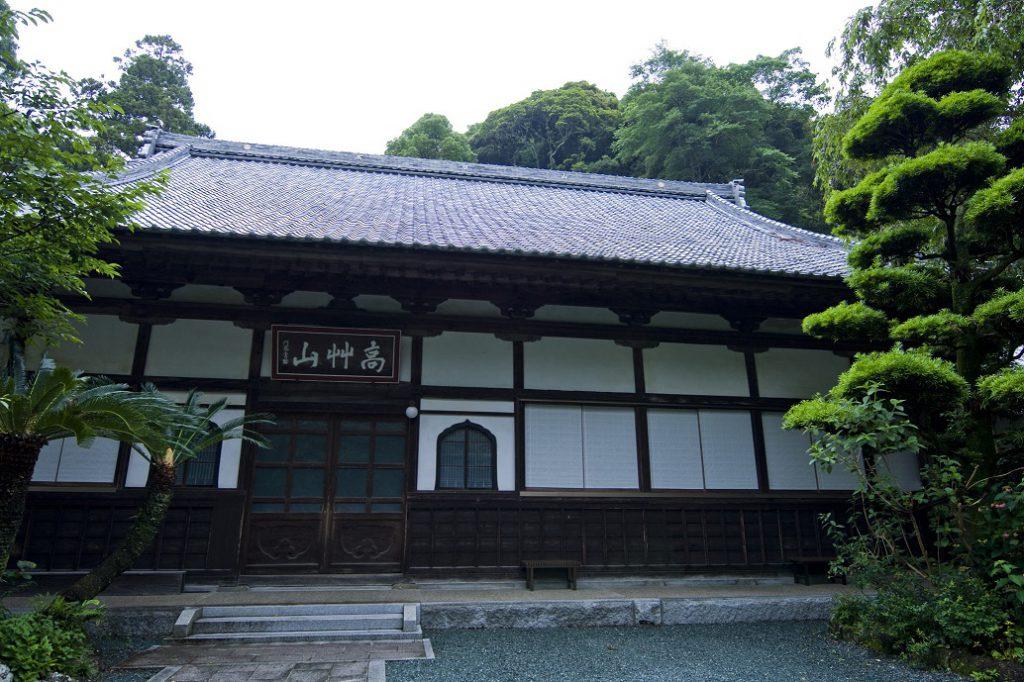 お寺に宿泊